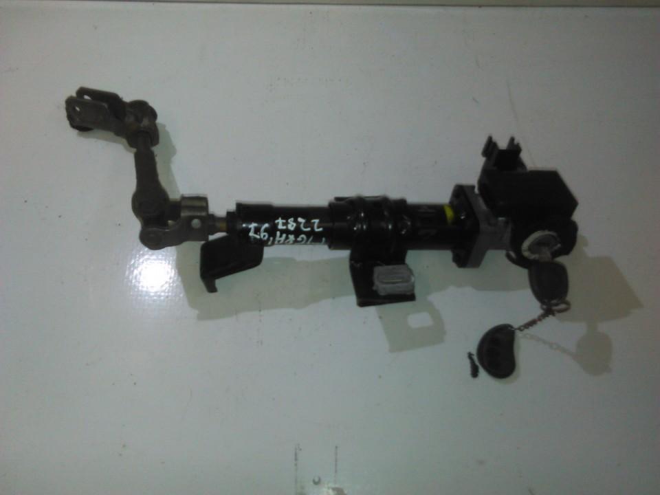 Vairolazde nenustatytas nenustatytas Opel TIGRA 1997 1.4