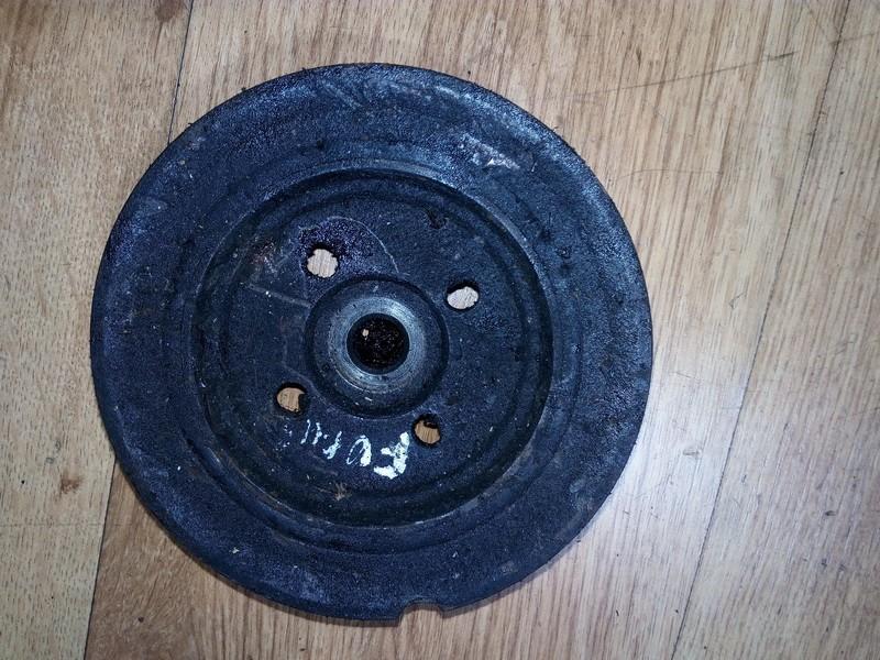 Alkuninio veleno dantratis (skyvas - skriemulys) NENUSTATYTA NENUSTATYTA Ford FOCUS 2008 2.0