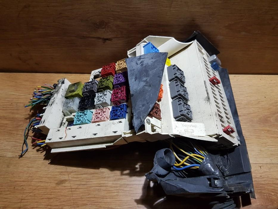 6849794 fuse box volvo 850 1994 0 0l 10eur eis00146362
