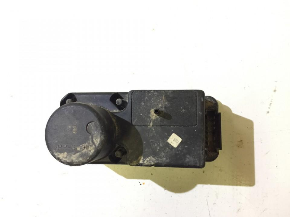 Central Locking Pump Volkswagen Golf 1999    0.0 H0962257