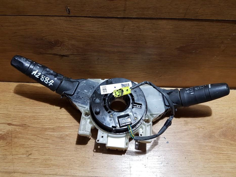 Posukiu, Sviesu ir valytuvu rankeneliu komplektas NENUSTATYTA nenustatyta Nissan ALMERA 2001 2.2