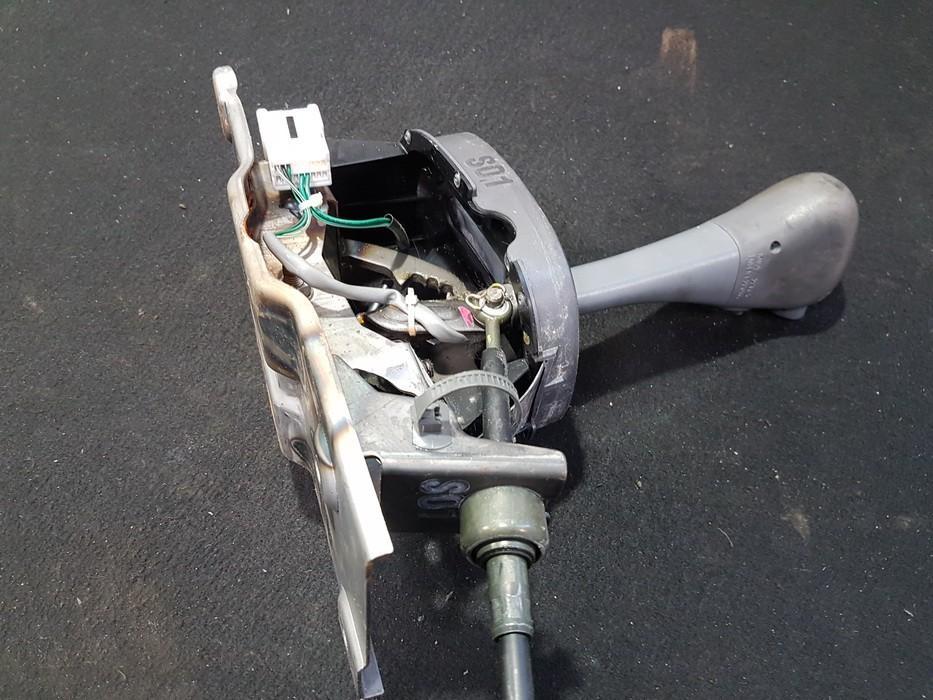Begiu perjungimo kulisa automatine NENUSTATYTA NENUSTATYTA Hyundai ACCENT 1997 1.5