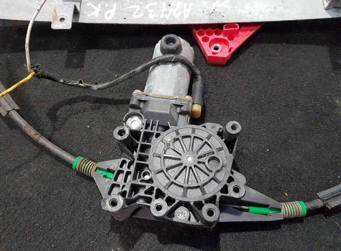 Duru lango pakelejo varikliukas P.K. NENUSTATYTA NENUSTATYTA Ford MONDEO 1999 2.5