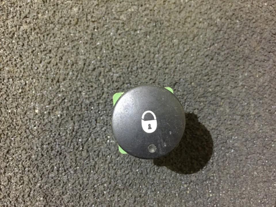 Door central locking lock unlock switch control Citroen Berlingo 1996    0.0