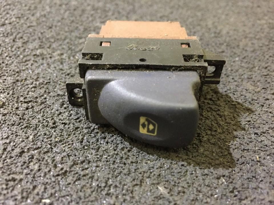 Stiklo valdymo mygtukas (lango pakeliko mygtukai) nenustatyta nenustatyta Renault LAGUNA 1998 2.0