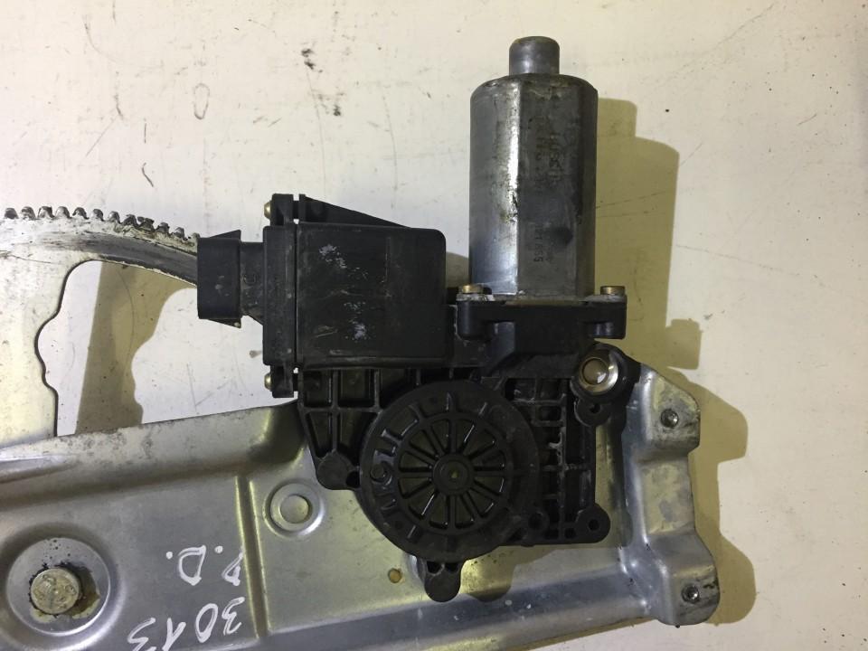 Моторчик стеклоподъемника - передний правый 130821655 nenustatyta Opel VECTRA 2006 1.9