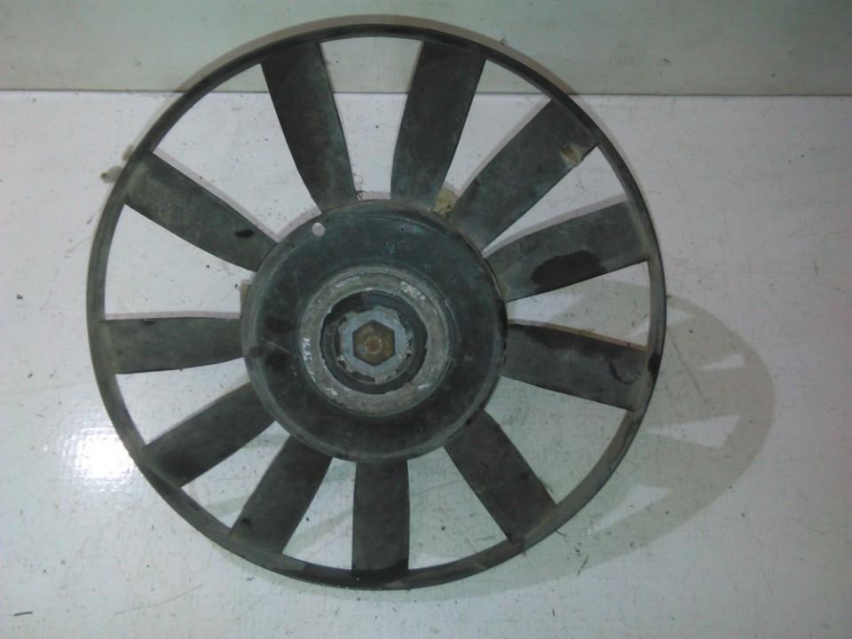 Volkswagen  Golf Difuzorius (radiatoriaus ventiliatorius)