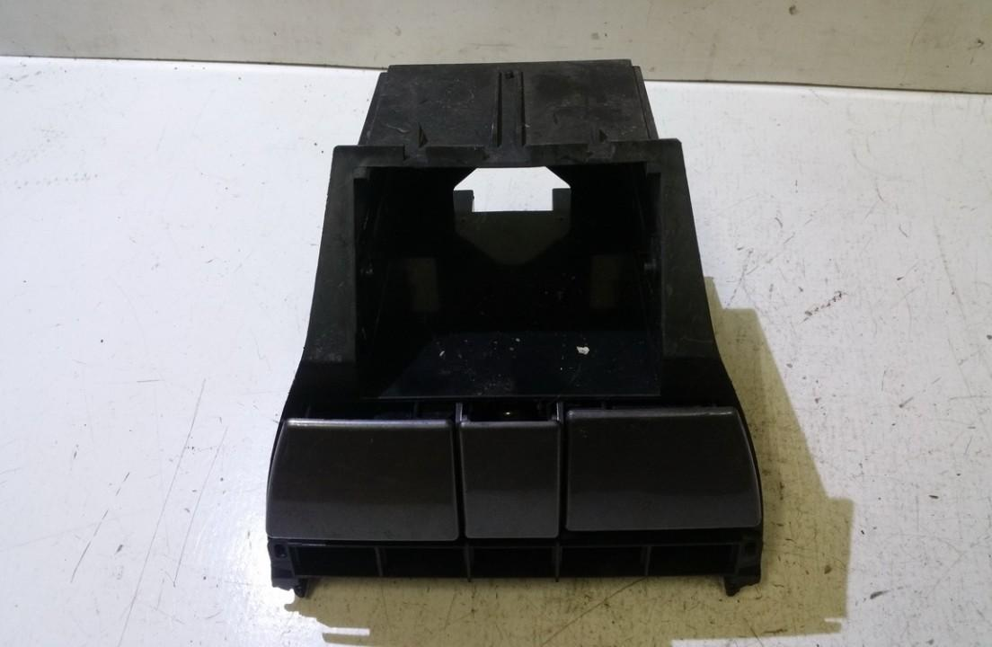 Puodeliu laikiklis fkf100200xxx n/a Rover 75 1999 2.0
