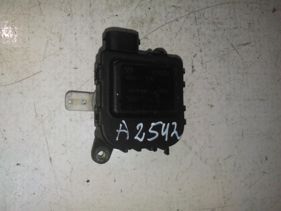 Peciuko sklendes varikliukas 01328012121 1j2907511d Audi A3 2001 1.6