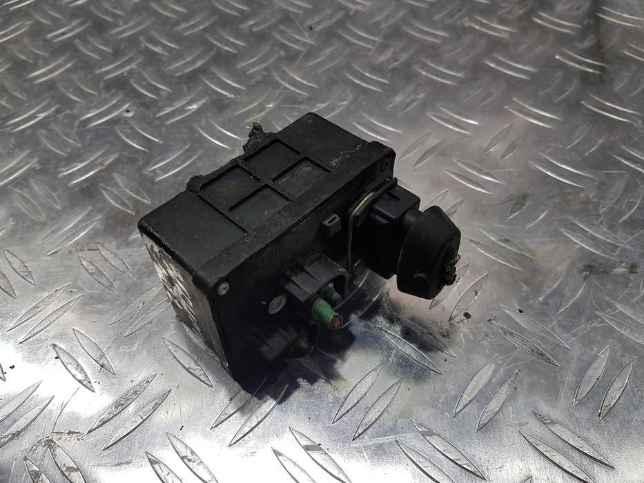 Glow plug relay Citroen Berlingo 1998    1.8 9616582480