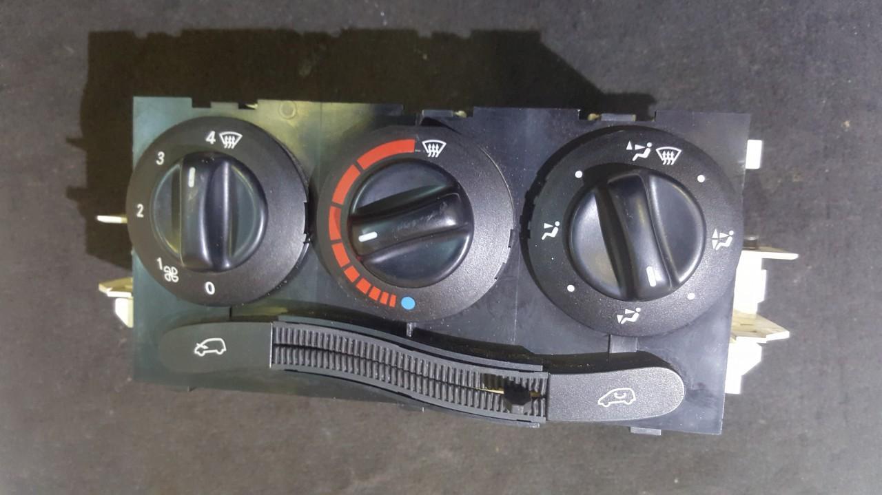 Блок управления климатической установкой 1688300385 K070898 Mercedes-Benz A-CLASS 1998 1.7