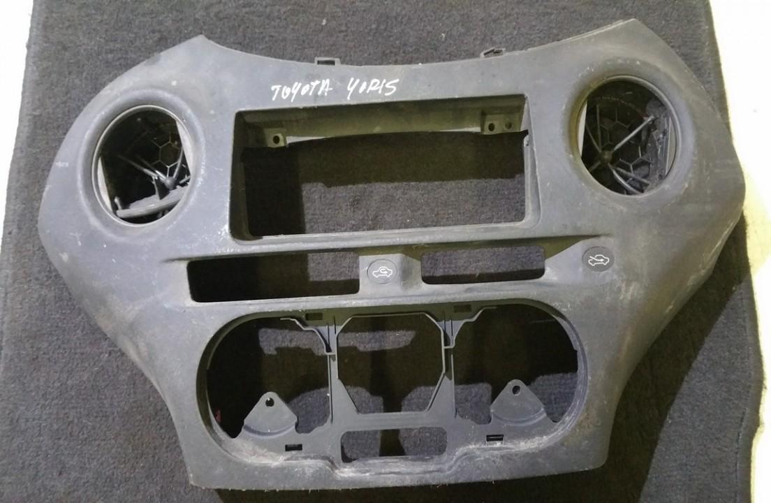 Toyota  Yaris Interior trim