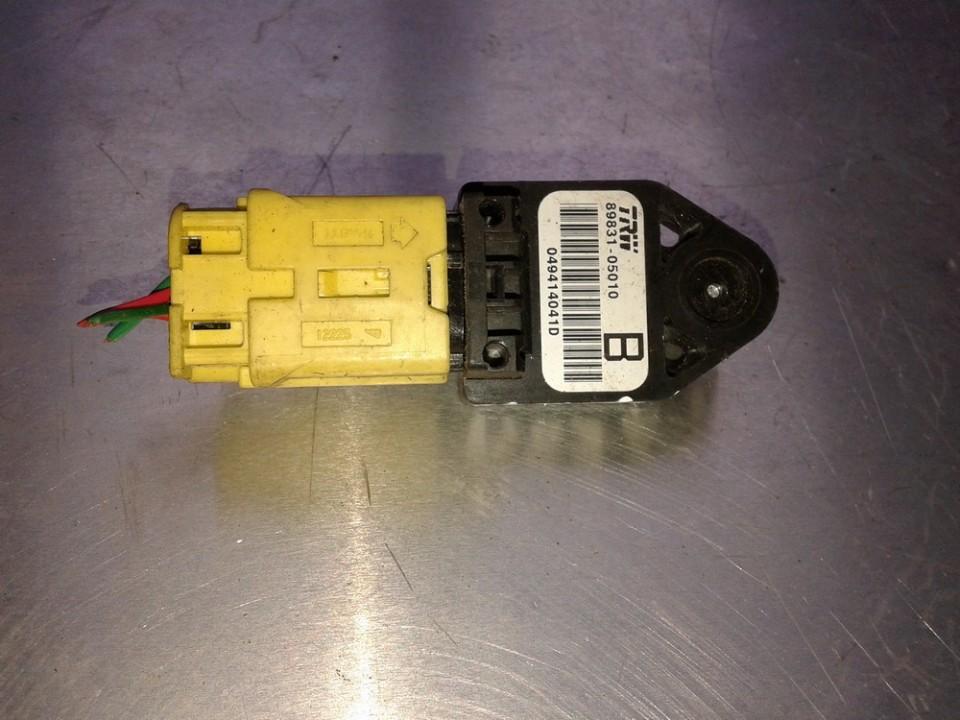 Srs Airbag daviklis 8983105010 89831-05010, 049414041D Toyota COROLLA VERSO 2005 1.8