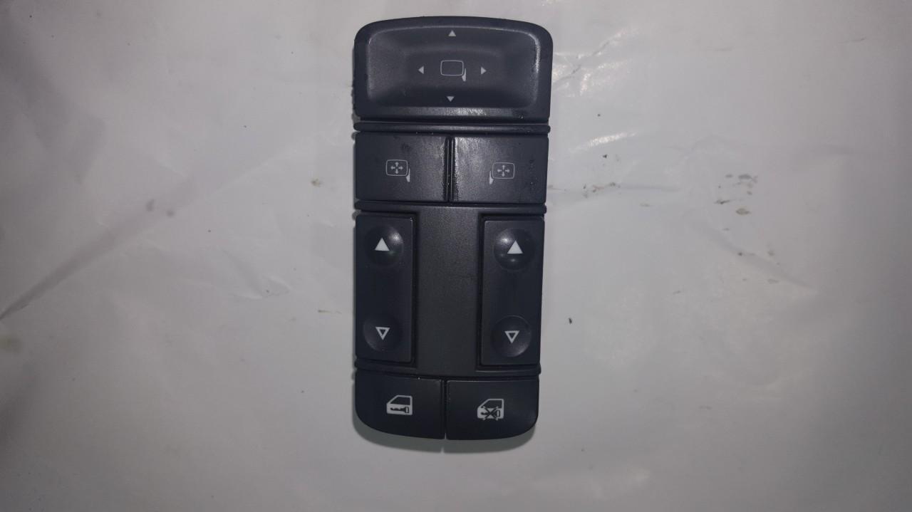 13224056 687833988 Stiklo valdymo mygtukas (lango pakeliko mygtukai) Opel Vectra 2006 1.9L 15EUR EIS00164279