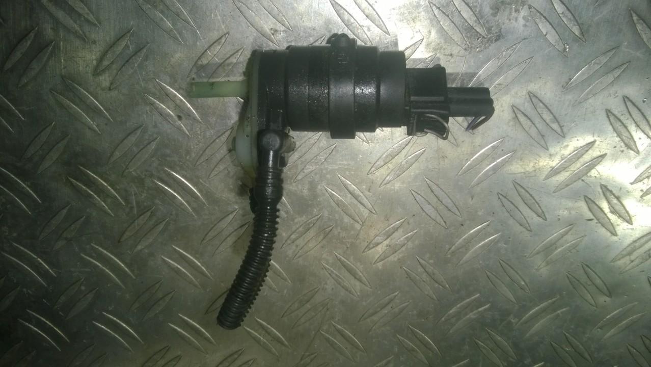 Windscreen Washer Pump Opel Zafira 2005    1.8