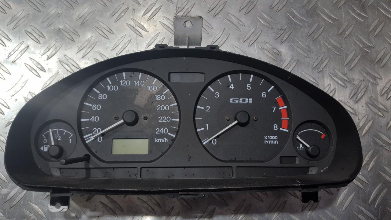 Spidometras - prietaisu skydelis OP0179001 MR308415, 0P0231004,19598231-02 Mitsubishi CARISMA 1997 1.8
