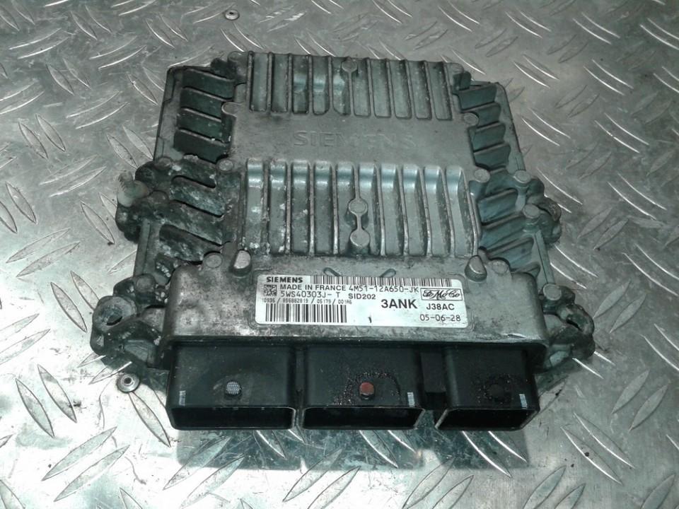 Variklio kompiuteris 5WS40303JT 5WS40303J-T, 4M51-12A650-JK, 4M5112A650JK Ford FOCUS 2001 1.8