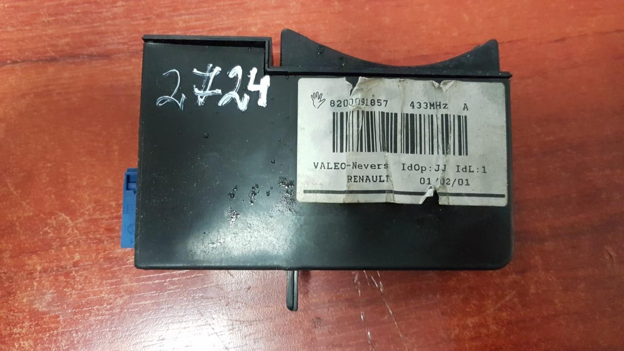 Key Card Reader Renault Laguna 2002    1.9 8200091857