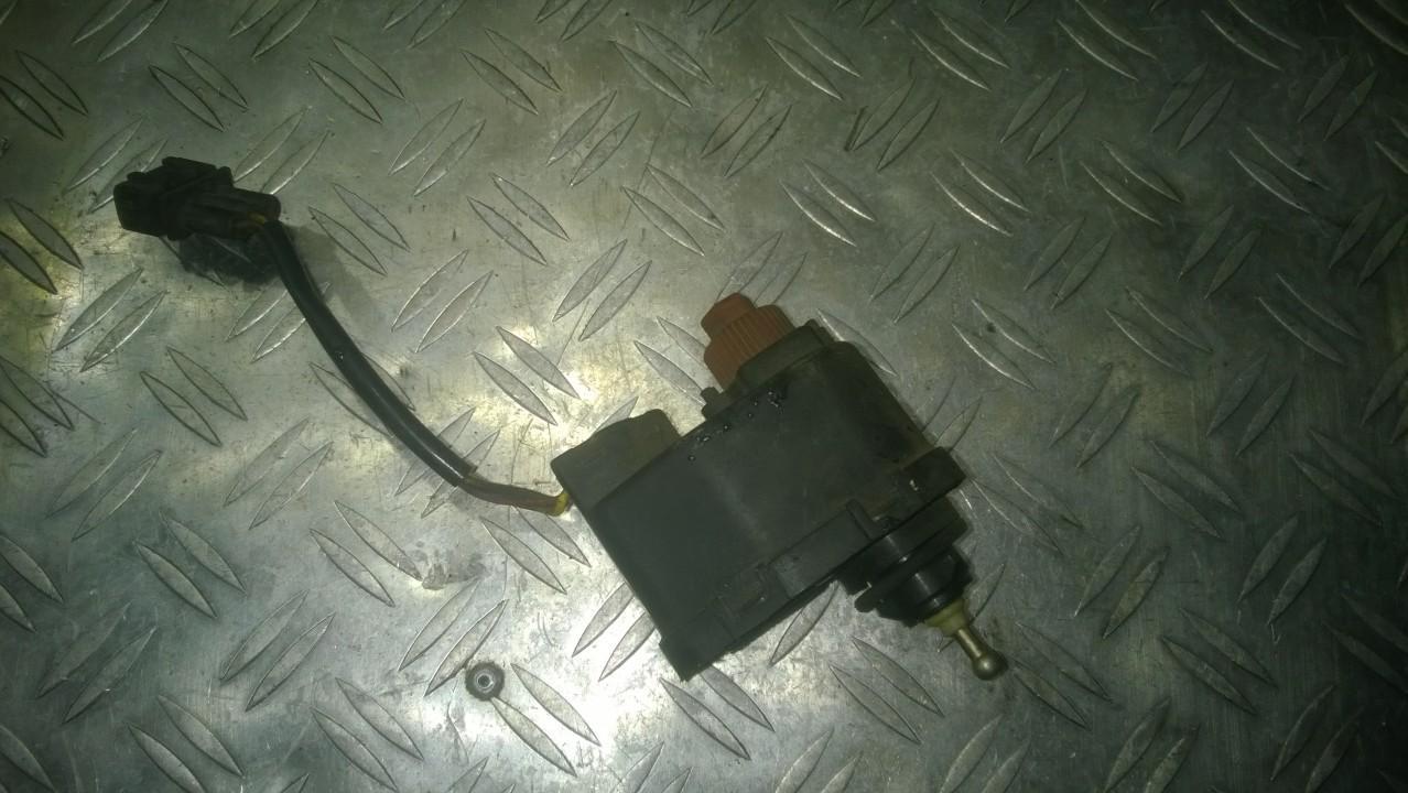 Zibinto aukscio reguliatorius (korektorius) 00614303 1L0941295 Seat TOLEDO 1996 1.9