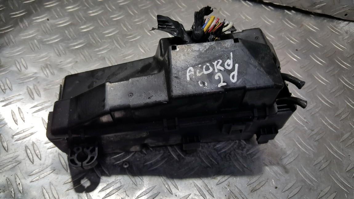 Блок предохранителей NENUSTATYTA NENUSTATYTA Honda ACCORD 2010 2.2