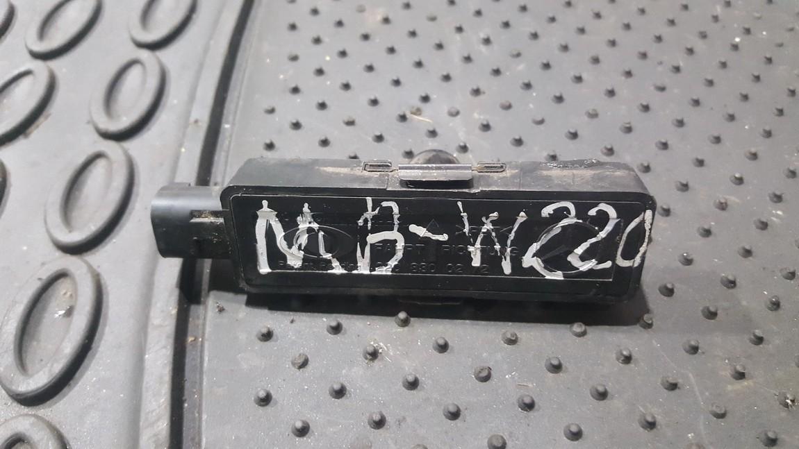 Outside Temperature Sensor Reading Mercedes-Benz S-CLASS 2004    3.0 2208300272