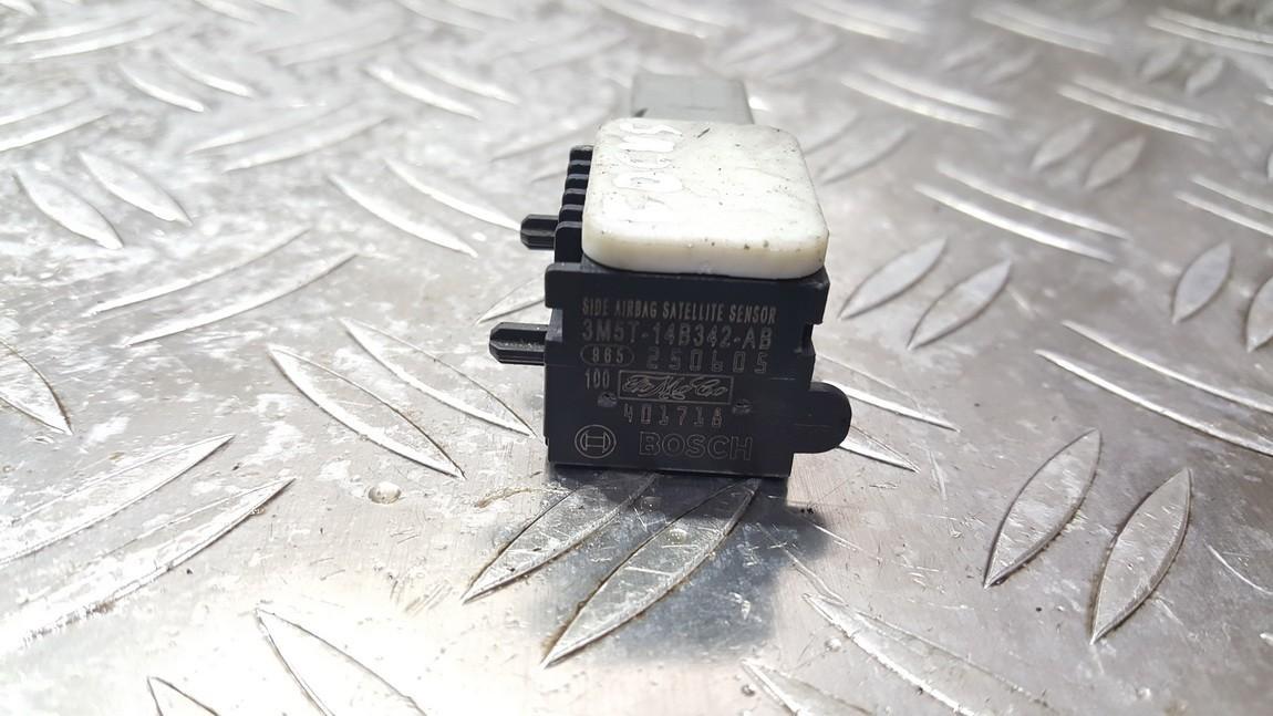 Srs Airbag crash sensor Ford Focus 2003    0.0 3M5T14B342AB