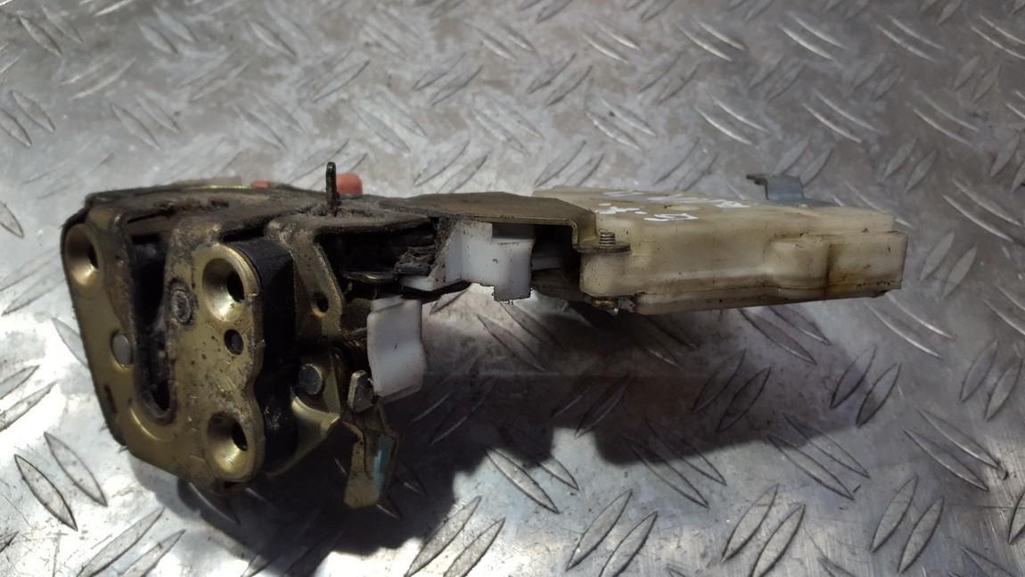 Door Lock Mechanism - rear left side 82553bm760 nenustatyta Nissan ALMERA TINO 2002 2.2