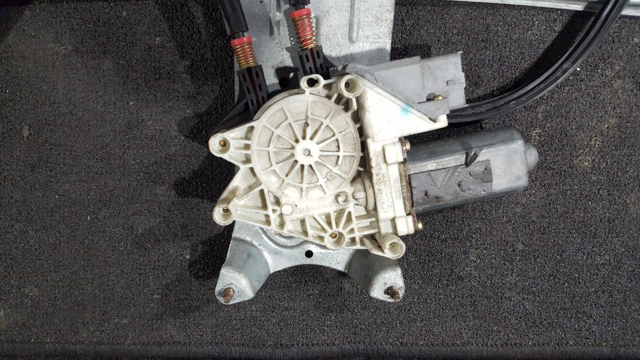 Моторчик стеклоподъемника - передний правый 103323 12800291, 26070002, 9700105120500, A05129100 Citroen XSARA PICASSO 2003 1.8