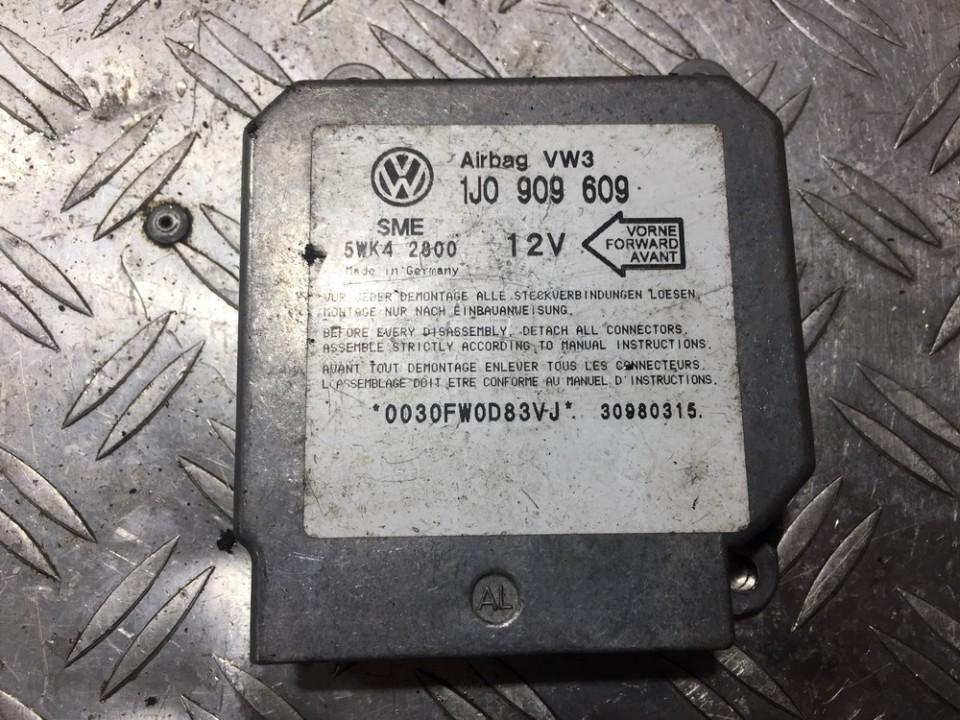 SRS AIRBAG KOMPIUTERIS - ORO PAGALVIU VALDYMO BLOKAS 1j0909609 5wk42800, sme Volkswagen GOLF 1992 1.4