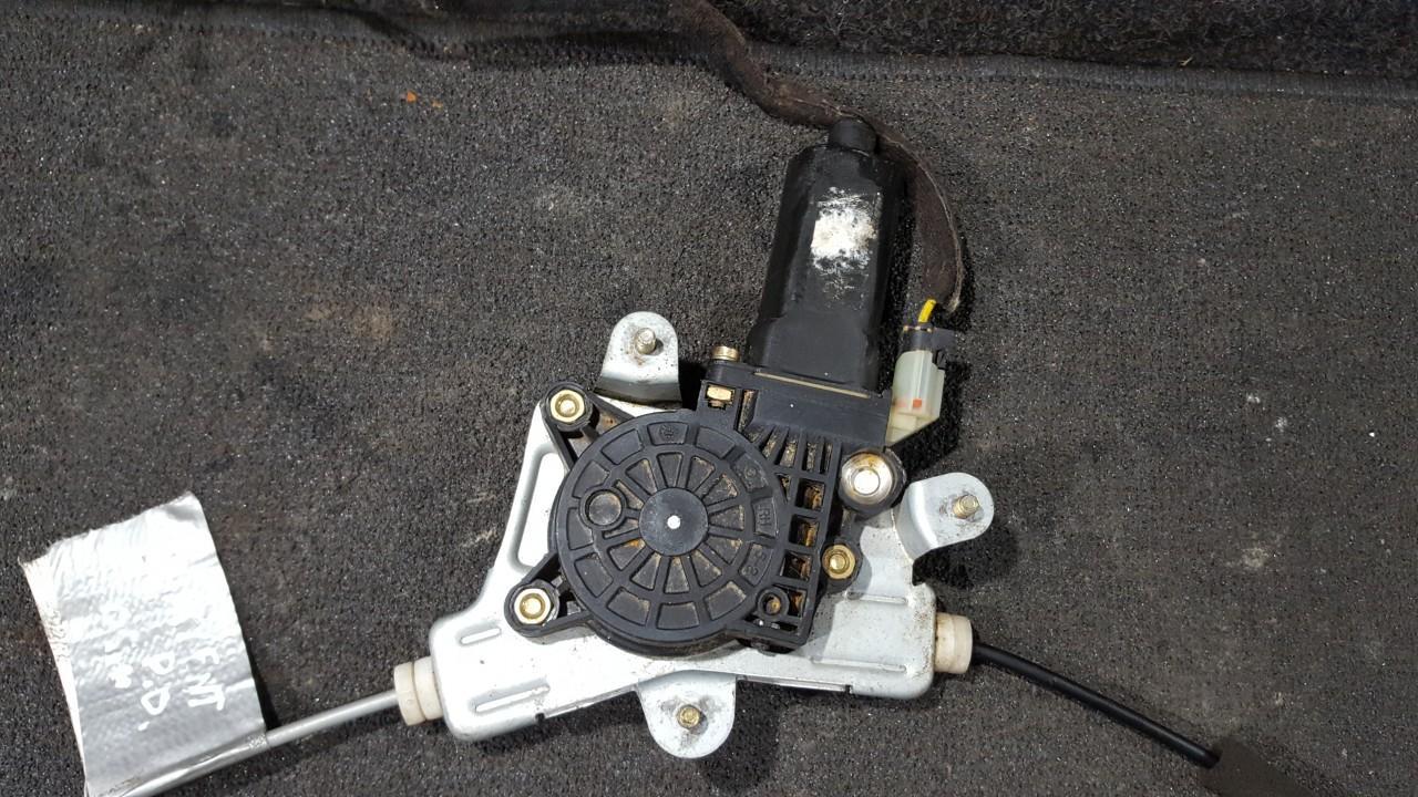 Duru lango pakelejo varikliukas P.D. NENUSTATYTA NENUSTATYTA Hyundai ACCENT 1998 1.3