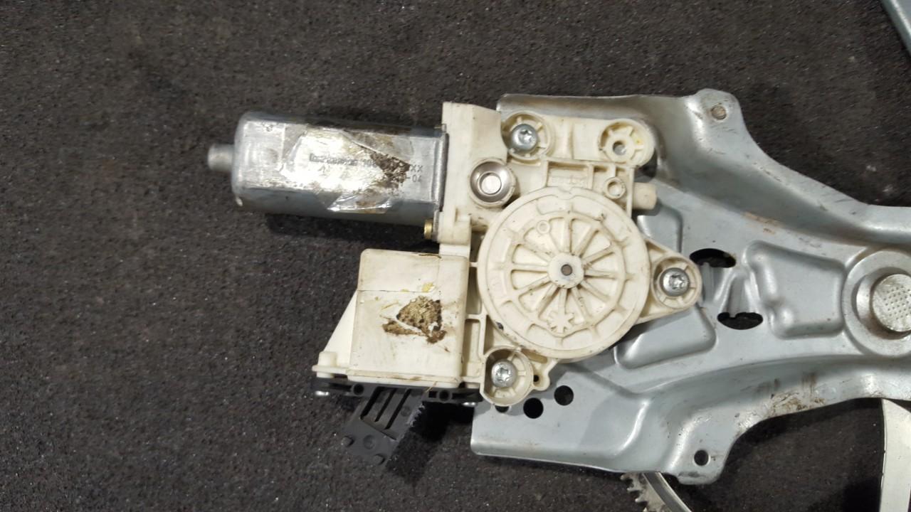 Duru lango pakelejo varikliukas P.D. 9178988 106046103, 0130822012 Opel VECTRA 1997 2.0