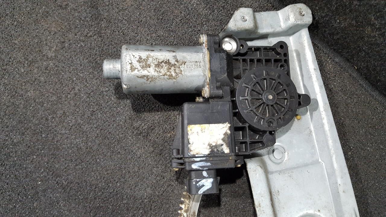 Моторчик стеклоподъемника - передний правый 0130821855 190470XXX, 111164102 Opel VECTRA 2006 1.9
