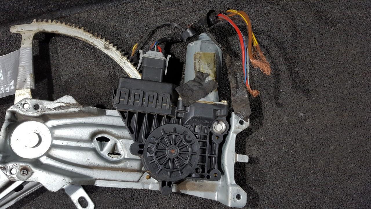 Duru lango pakelejo varikliukas P.D. 90579366 101256XXX961, 1711003584 Opel ZAFIRA 2002 2.2