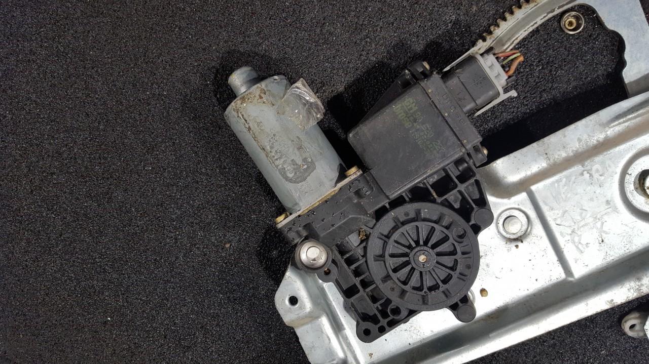 Opel  Vectra Duru lango pakelejo varikliukas P.K.