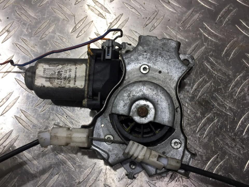 Duru lango pakelejo varikliukas P.D. NENUSTATYTA n/a Nissan PRIMERA 1997 2.0