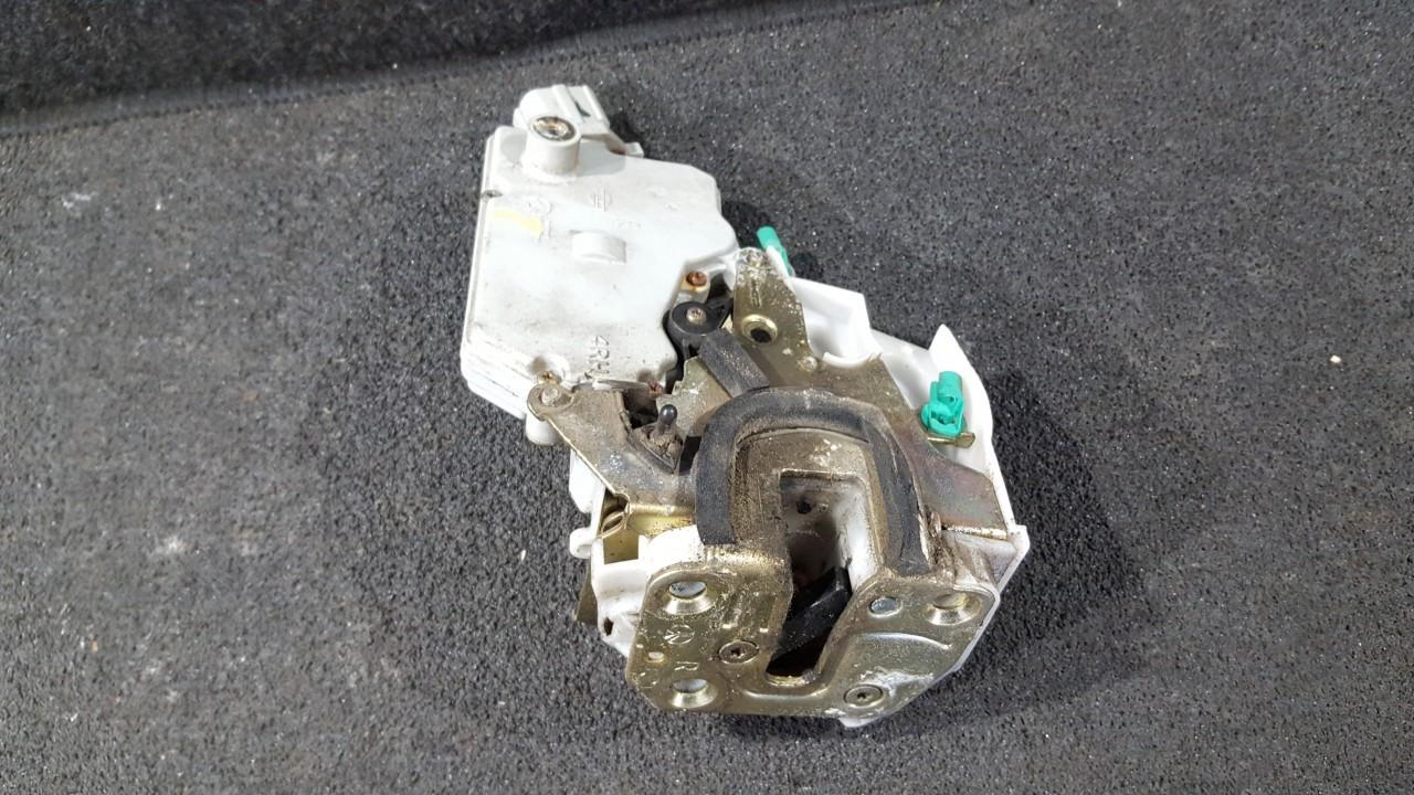 Duru spyna P.D. NENUSTATYTA NENUSTATYTA Nissan PRIMERA 2003 1.8