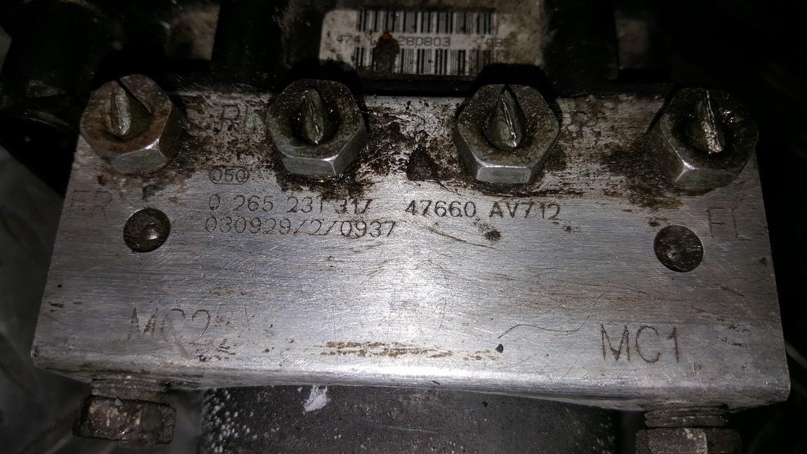 ABS blokas 0265231317 0265800334, 47660AV712, 38828C0242 Nissan PRIMERA 2003 1.8