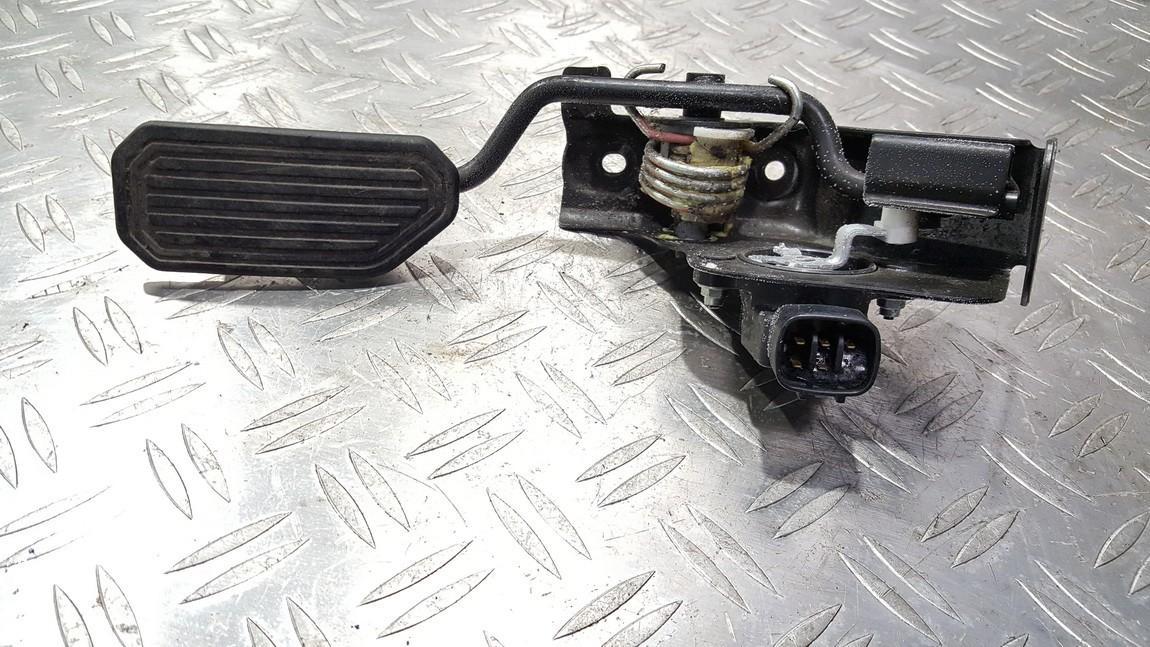 Elektrinis greicio pedalas 8928152011 89281-52011, 198300-3031, 1983003031 Toyota COROLLA VERSO 2003 1.8