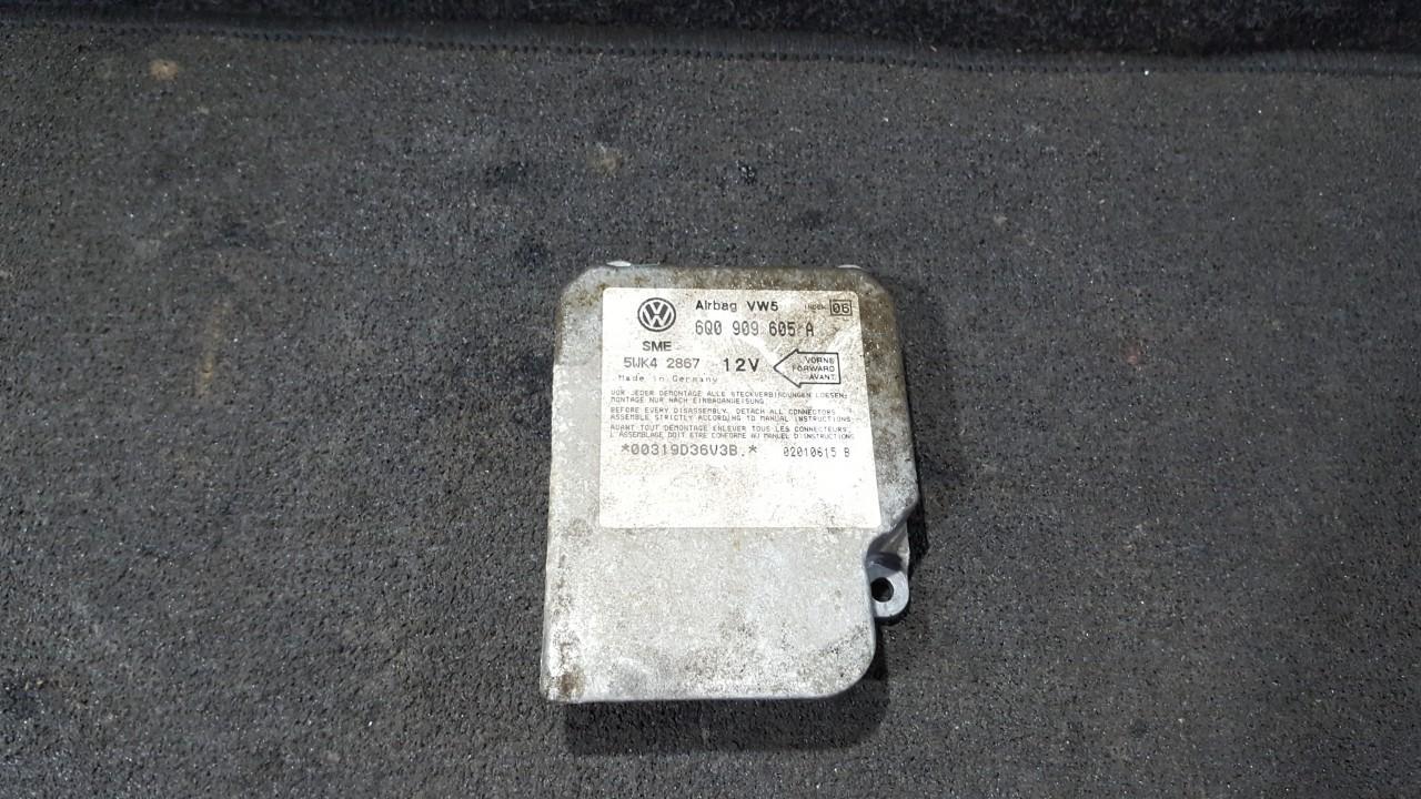 Airbag crash sensors module Volkswagen Golf 2001    2.0 6Q0909605A
