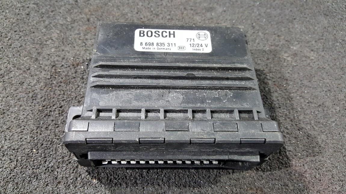 Parking Sensor ECU Audi A8 1997    0.0 8698835311