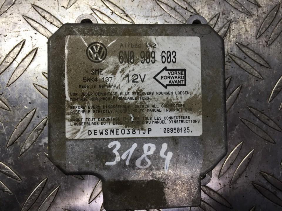 SRS AIRBAG KOMPIUTERIS - ORO PAGALVIU VALDYMO BLOKAS 6n0909603 5wk4137, sme, 08950105 Volkswagen GOLF 2005 1.6