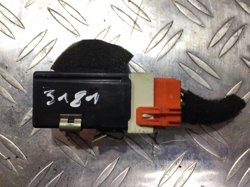 Switch, Headlight Volvo V40 1998    1.9 30817501
