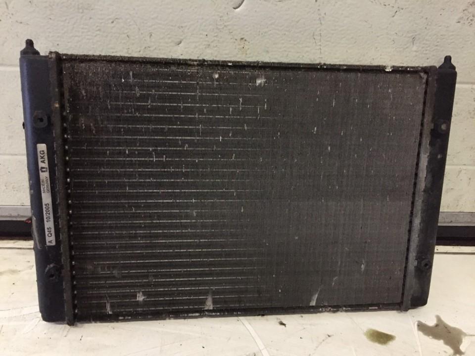 Volkswagen  Golf Vandens radiatorius (ausinimo radiatorius)