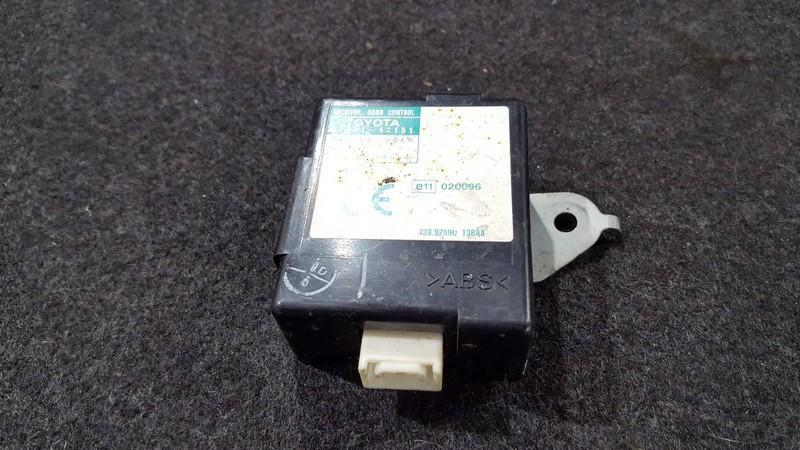 Door control relay Toyota Celica 2002    2.0 8974120151