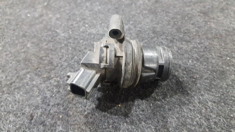 Windscreen Washer Pump Mazda 3 2007    2.0 8603109120