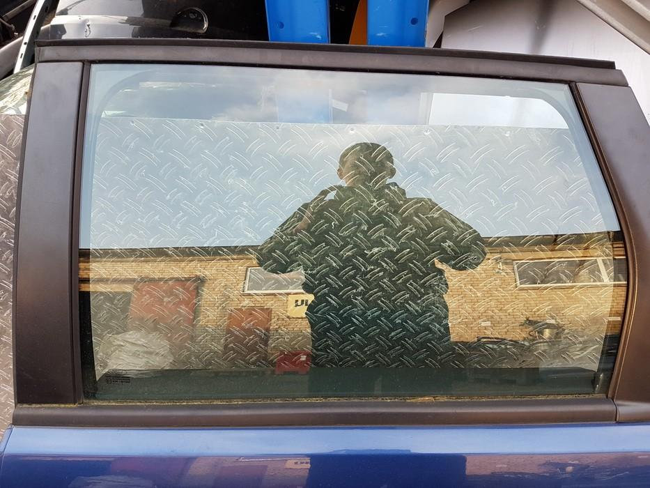 Duru stiklas G.K. NENUSTATYTA nenustatyta Ford FOCUS 1999 1.8
