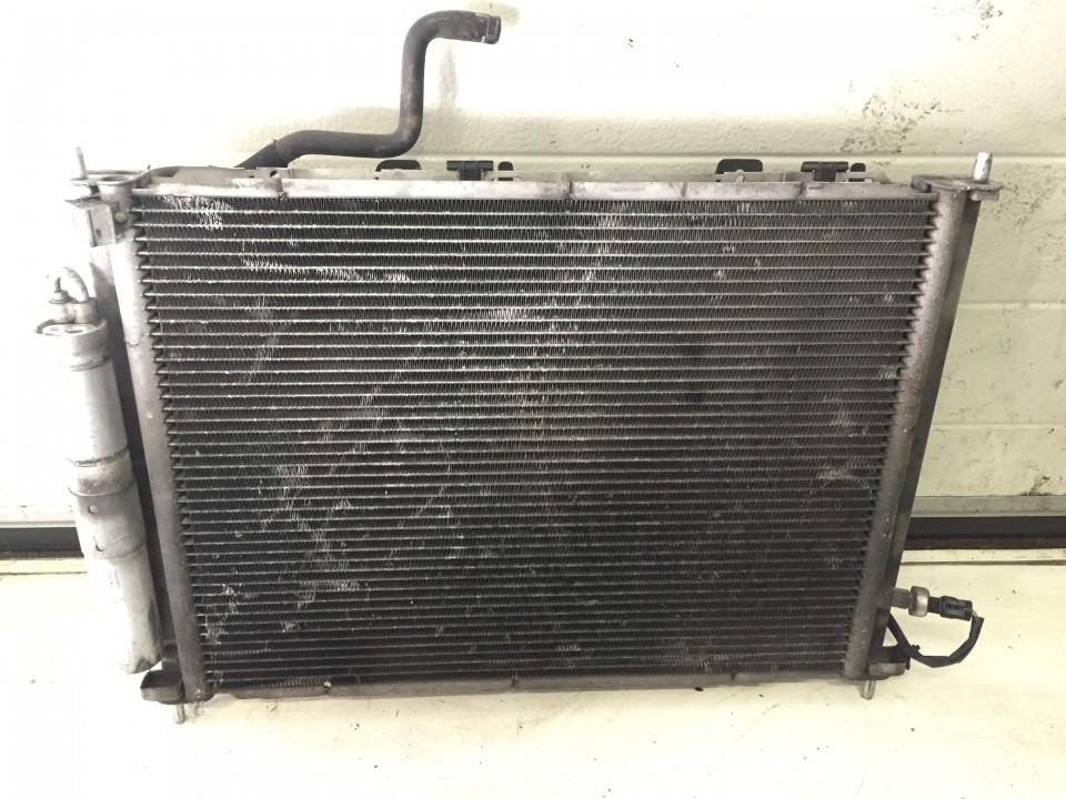 Vandens radiatorius (ausinimo radiatorius) 8200552787 n/a Renault CLIO 1995 1.8