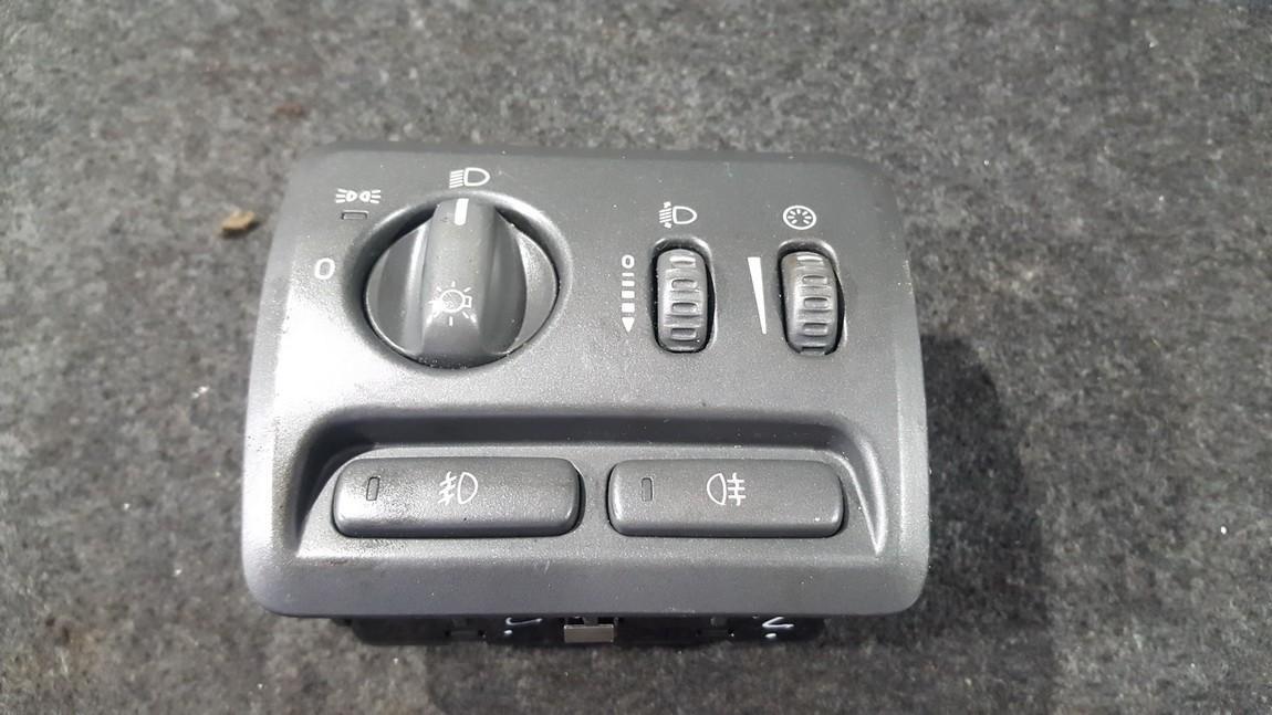 Headlight Switch Volvo V70 2001    2.4 9441233