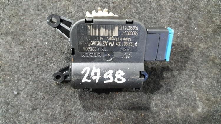 Heater Vent Flap Control Actuator Motor Volkswagen Golf 2006    1.6 0132801336