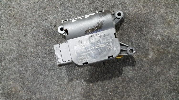 Heater Vent Flap Control Actuator Motor Volkswagen Golf 2006    1.6 0132801342